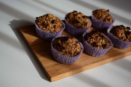 Liszt és cukormentes almás-diós muffin