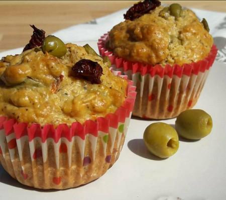 Fitt olivás-aszalt paradicsomos muffin