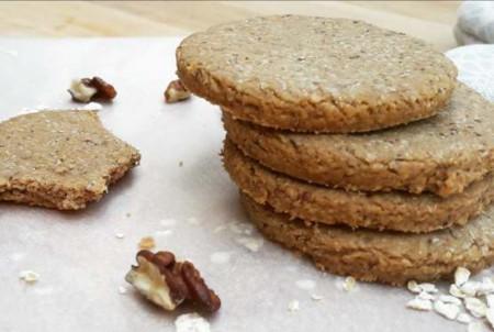 Cukormentes fehérjedús diós keksz