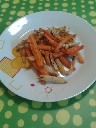 Zöldfűszeres répa-zeller csíkok